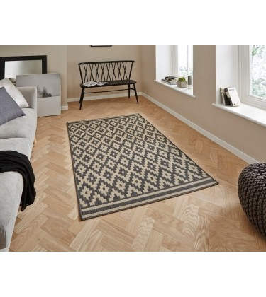 Tagge Sand Rug